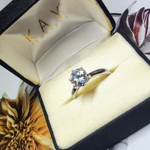 Jewelry - Solitaire Forever Brilliant Round Ring size 7